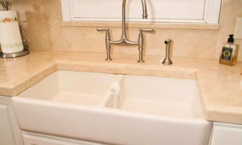 Solid Surface Countertops Orlando and Farm House Sink by ADP Surfaces in Orlando Florida
