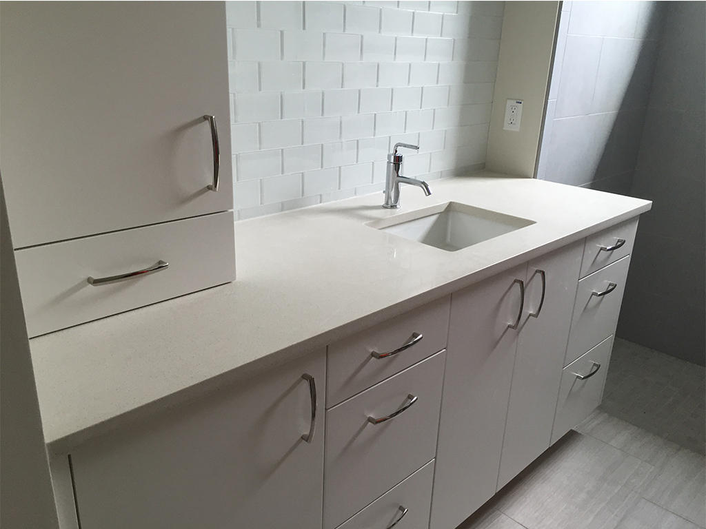 Countertop Eased Edge Profile : White-Bathroom-Countertop_Eased-Edge-Profile_Undermounted-Square-Sink ...